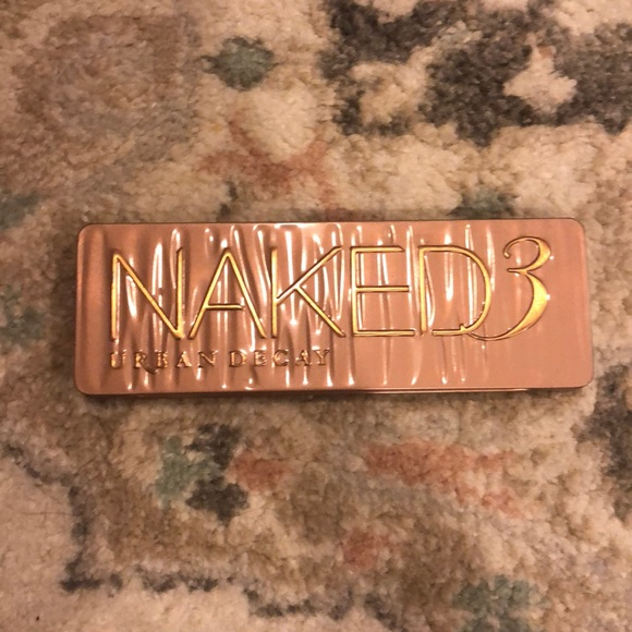 Urban Decay Other - Urban decay Naked 3 eyeshadow palette
